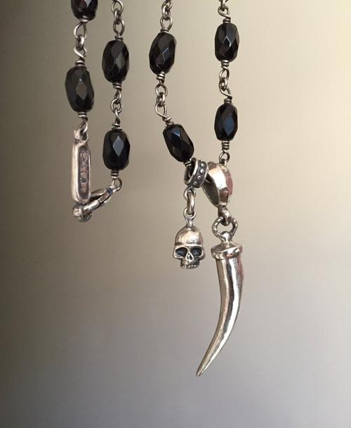 Roman Paul Black Onyx & Silver skull/horn charm necklace