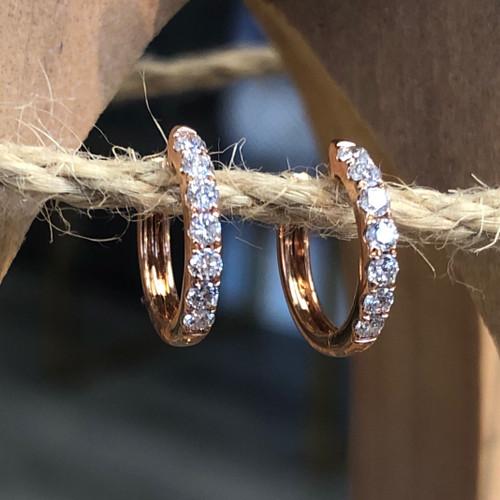 diamond earring in rose gold