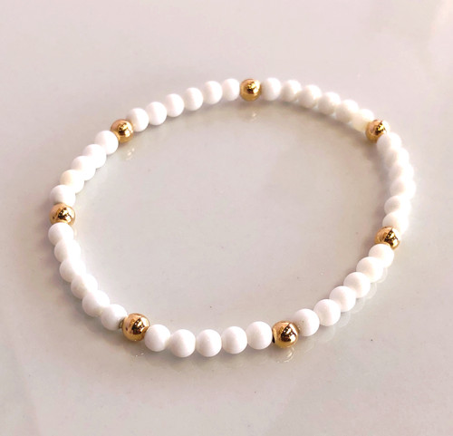white onyx and gold bead bracelet