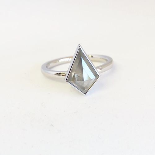 Prism Kite Diamond Ring
