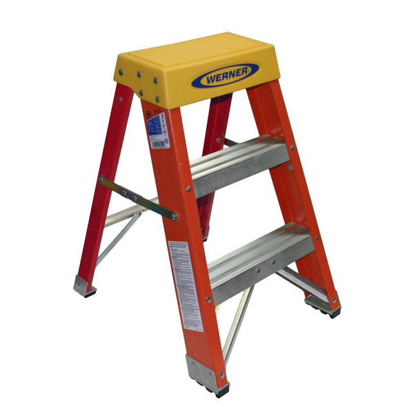 Werner 6202 | 2 Ft Fiberglass Stepladder / 300 lb Rated