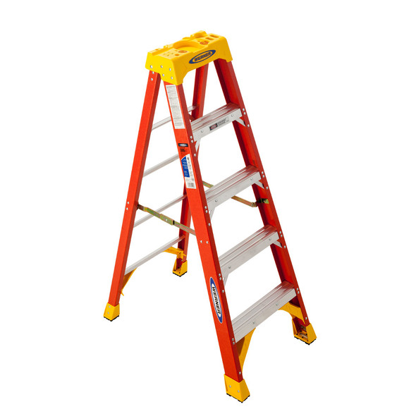 Werner 6205 | 5 Ft Fiberglass Stepladder / 300 lb Rated