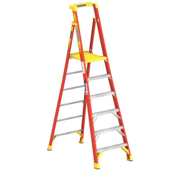 Werner PD6206   6 Ft Fiberglass Podium Ladder / Type IA 300 lb Rating