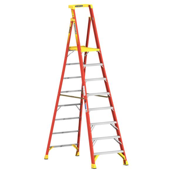 Werner PD6208   8 Ft Fiberglass Podium Ladder / Type IA 300 lb Rating