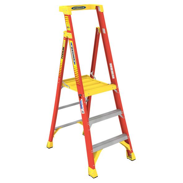 Werner PD6203   3 Ft Fiberglass Podium Ladder / Type IA 300 lb Rating