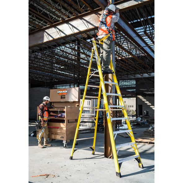 Werner PD7300 Series Fiberglass Podium Ladder | 375 lb Rated