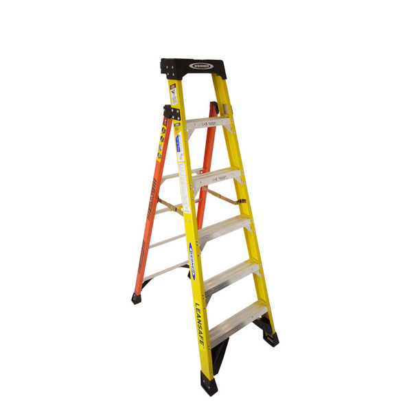"Werner L7300 Series ""LEANSAFE"" Fiberglass Stepladder 
