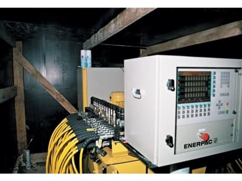 TR630 (TR-630) Enerpac Female Coupler
