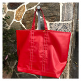 the Rigger tote - red