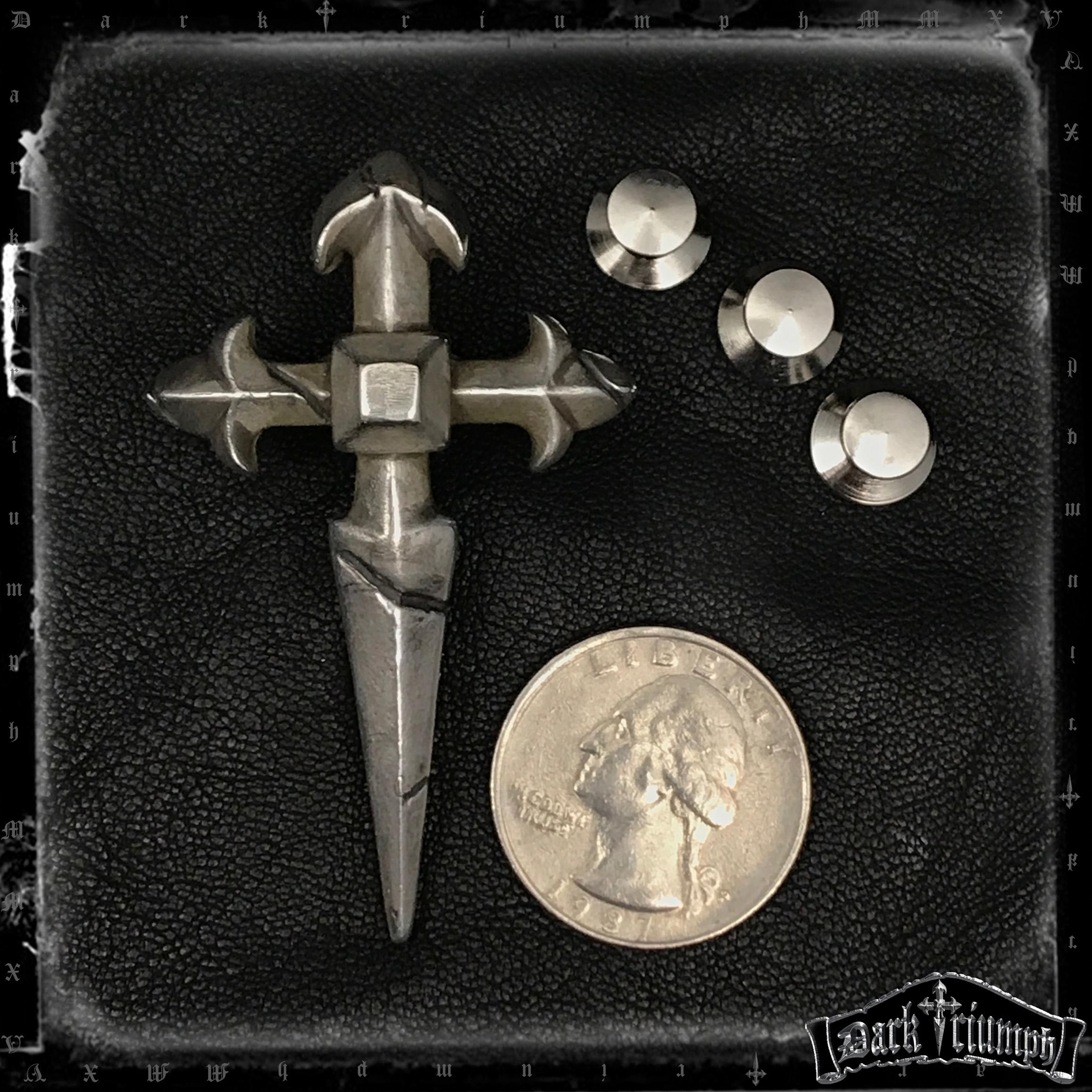 billy-idol-relic-cross-pin-2.jpg