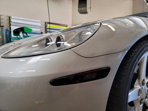 Smoked Front Side Reflector Overlays Tint (05-13 Chevrolet Corvette C6)