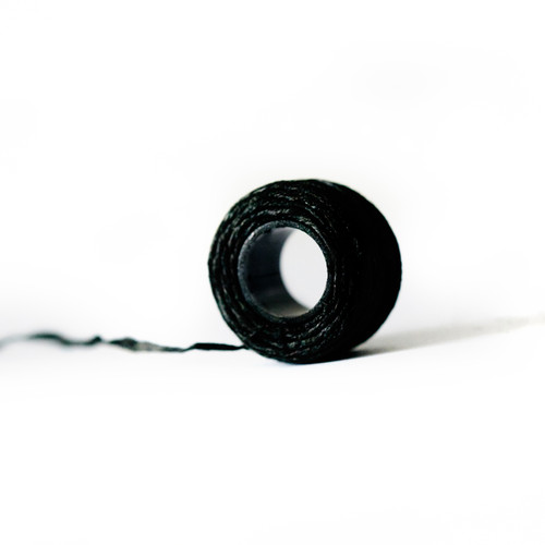 Professional Black dyeing thread by Noble Lashes