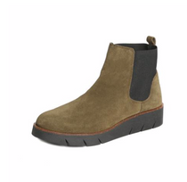 Coral Boot Olive Watersuede