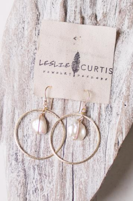 Willow Pearl Hoops