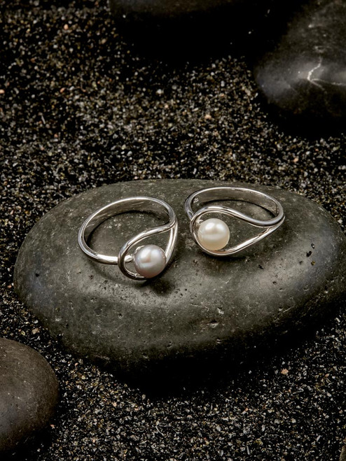 Sterling Silver ring with Freshwater pearl, handmade by Moonrise Jewelry