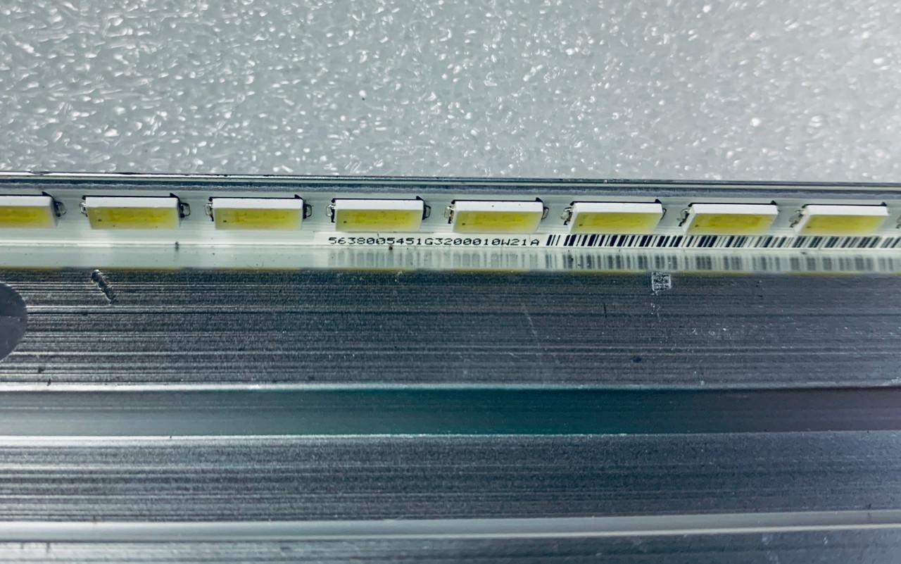 Vizio M471i-A2 LED Light Strip in metal casing 56.38005.451