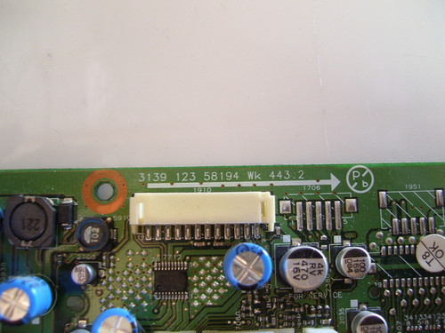 PHILIPS 17PF8946/37 MAIN BOARD 313912358194 / 313918856281