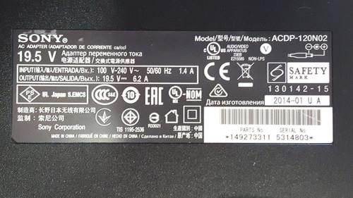 Original Sony AC / DC Adapter 1-492-733-11 / ACDP-120N02