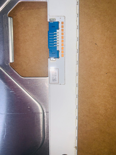 Samsung UN55NU8000FXZA set of 2 LED Light Strips in Metal Casing BN96-45631A