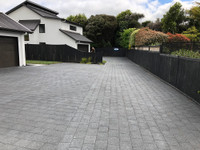 biosymph - driveway coated with Paver Strike Through