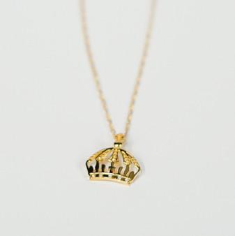 Sandor - Crown Pendant