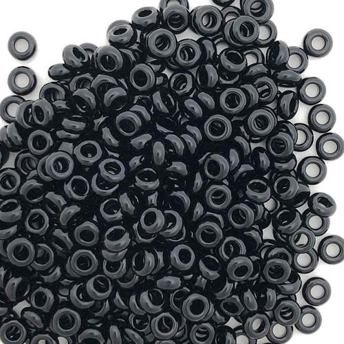 Size 8 Demi Rounds, 0049, Jet Black (Toho) (10 gr.)