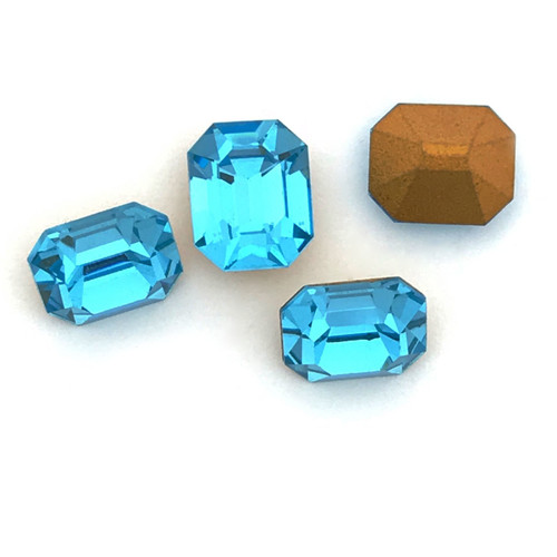 Swarovski 4600, 8x6mm  Aquamarine (Qty: 4)