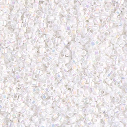 Size 11, DB-0202, White Pearl AB (10 gr.)