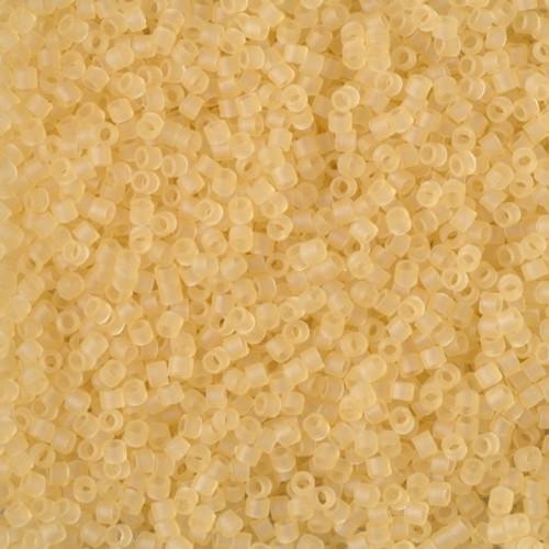 Size 11, DB-1272, Matte Transparent Crystal Ivory (10 gr.)