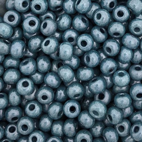 6-Chalk White Baby Blue Luster (Czech) (28 gr.)