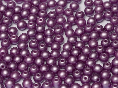 4mm Round Glass Beads, Pastel Lilac (Qty: 50)