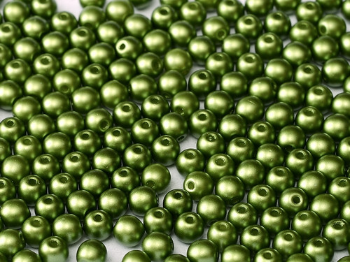 6mm Round Glass Beads, Pastel Olivine (Qty: 25)