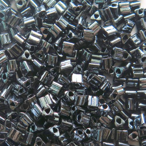 8-TRI-0081, Hematite Metallic Triangles (28 gr.)
