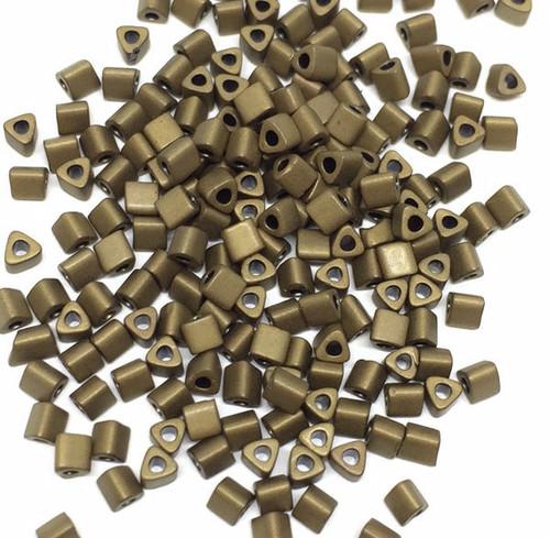 11-TRI-F0457, Matte Bronze Metallic Triangles (28 gr.)