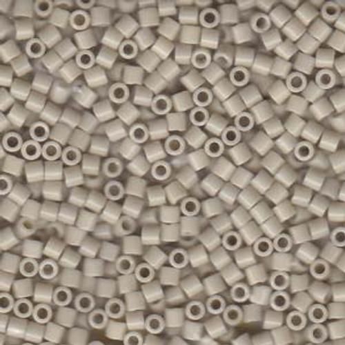 Size 8, DBL-0261, Opaque Linen (10 gr.)