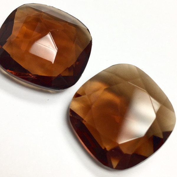 Vintage Topaz Square Glass Pointed Back Stones (18mm) (Qty: 2)