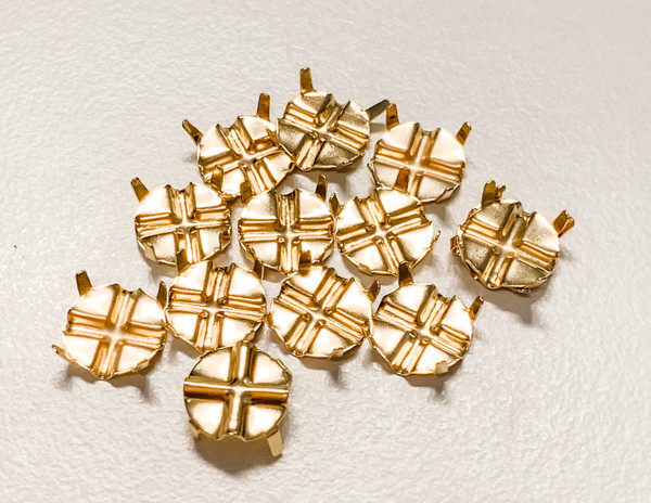Gold-Plated Settings for SS 40 Flat Back Crystals to turn them into Rose Montees (Qty: 12)