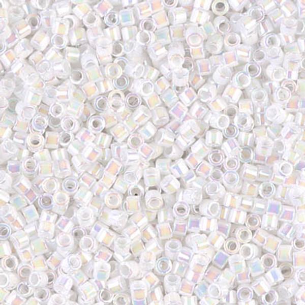 Size 10, DBM-0202, White Pearl AB (10 gr)
