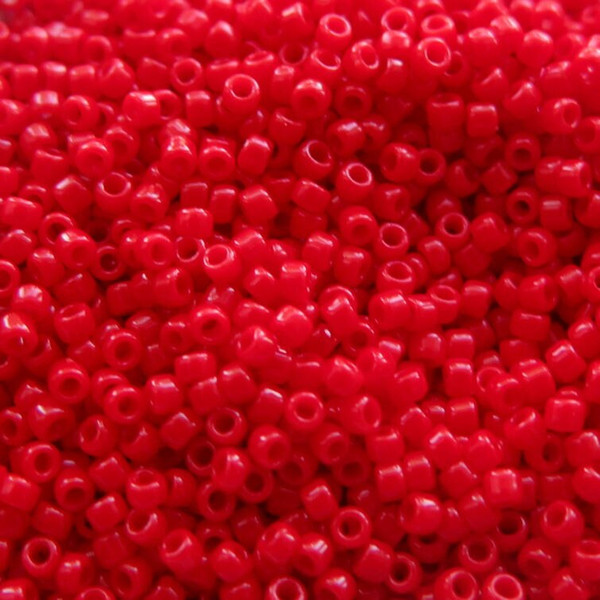 8-0408,  Opaque Red (Miyuki) (28 gr.)