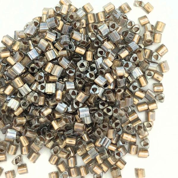 11-TRI-0993, Bronze-Lined Black Diamond Triangles (28 gr.)