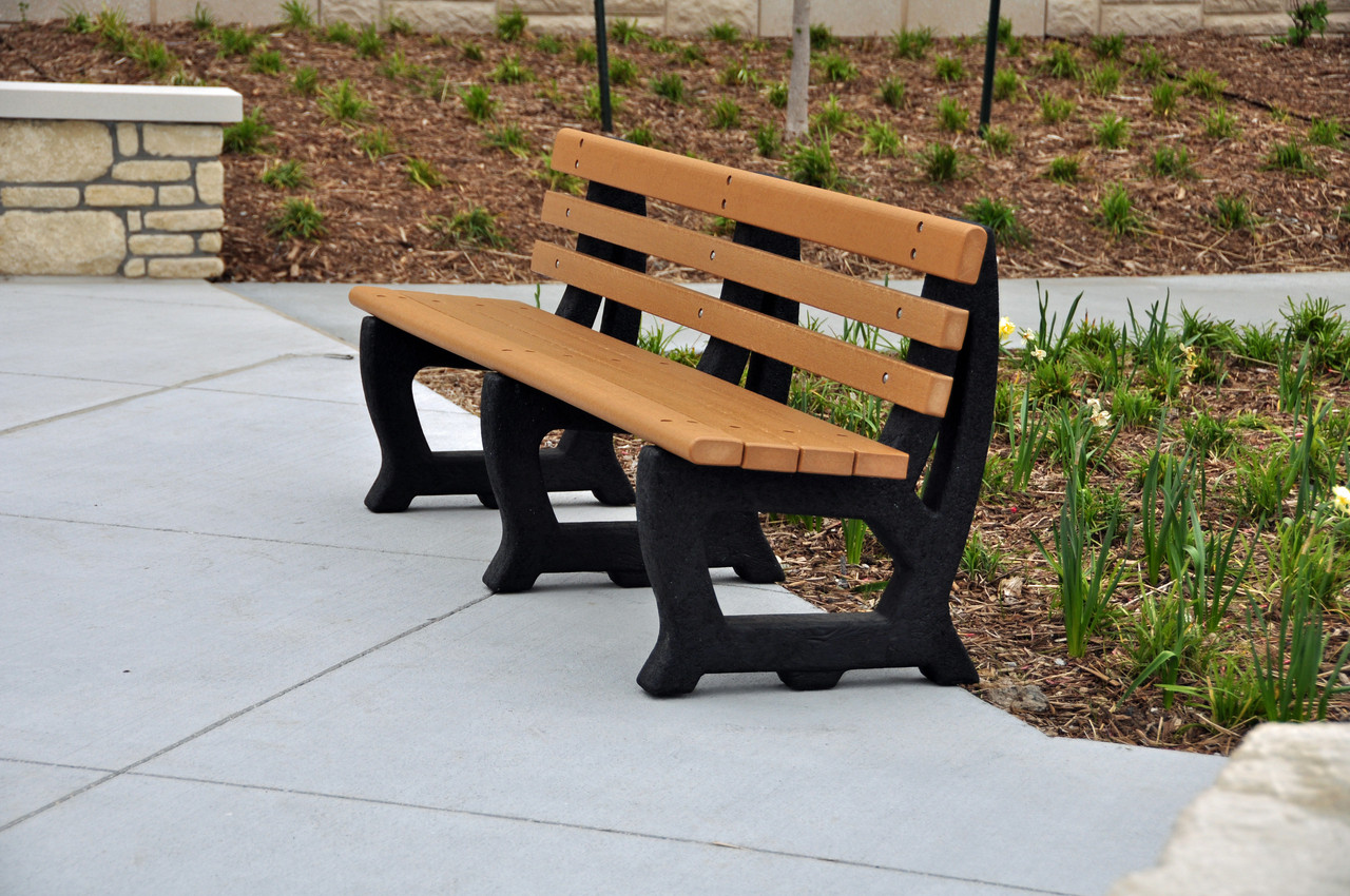 Recycled Plastic Outdoor and Park Bench Brooklyn 5'