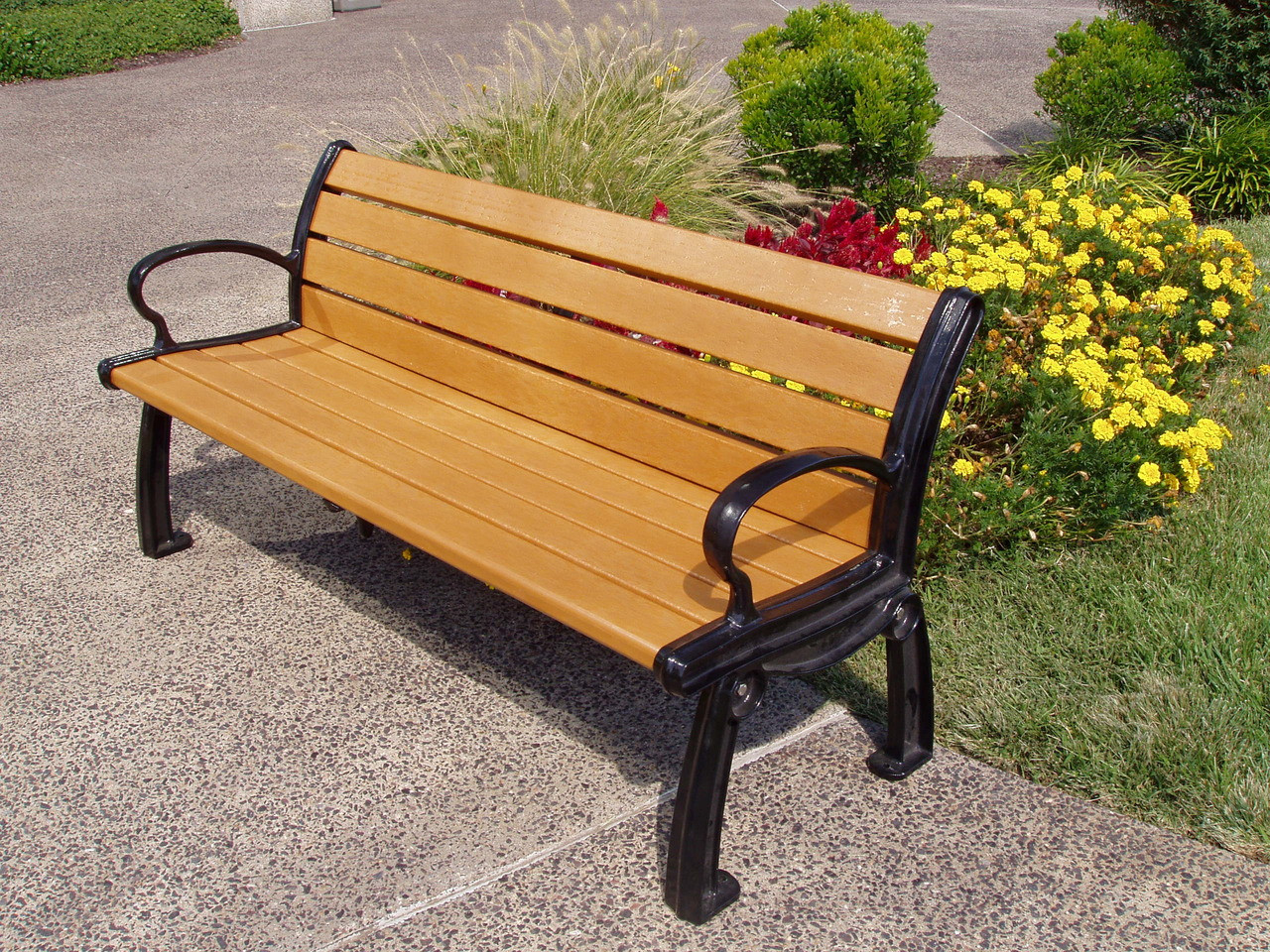Recycled Plastic Outdoor and Park Bench Heritage 8'