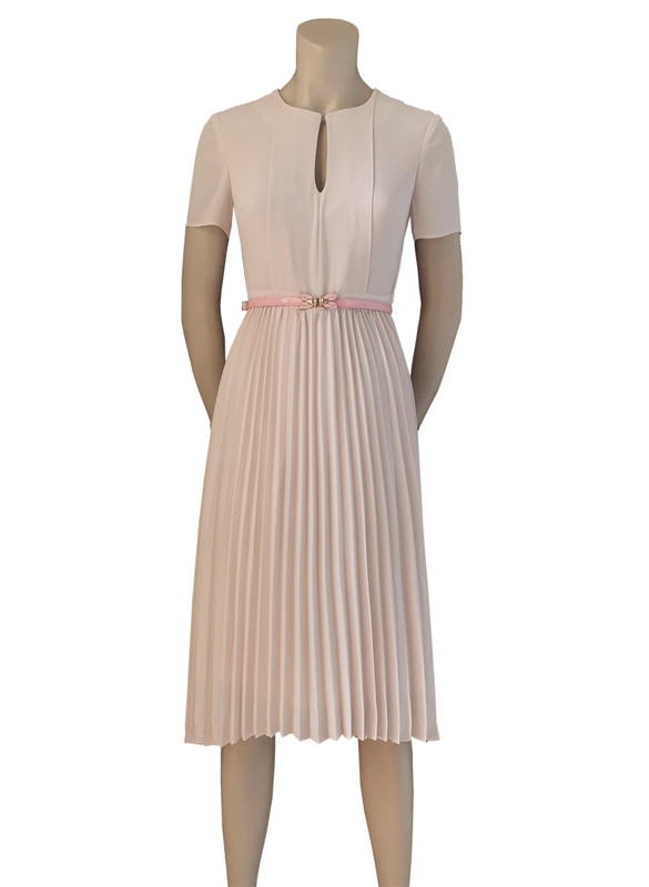 Keyhole Flared Pleated Midi Dress in Pastel Pink
