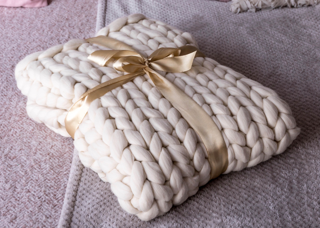 Why a merino wool chunky knit blanket makes the perfect gift