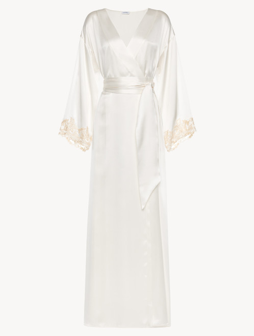 White long robe with frastaglio