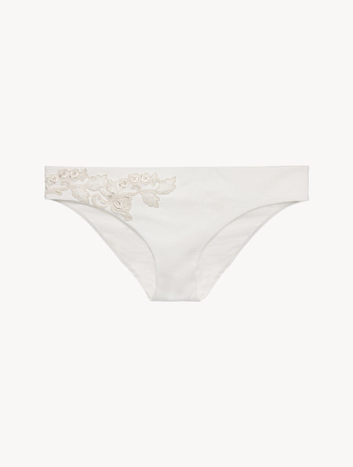 Mid-rise Bikini Briefs in off-white with ivory embroidery