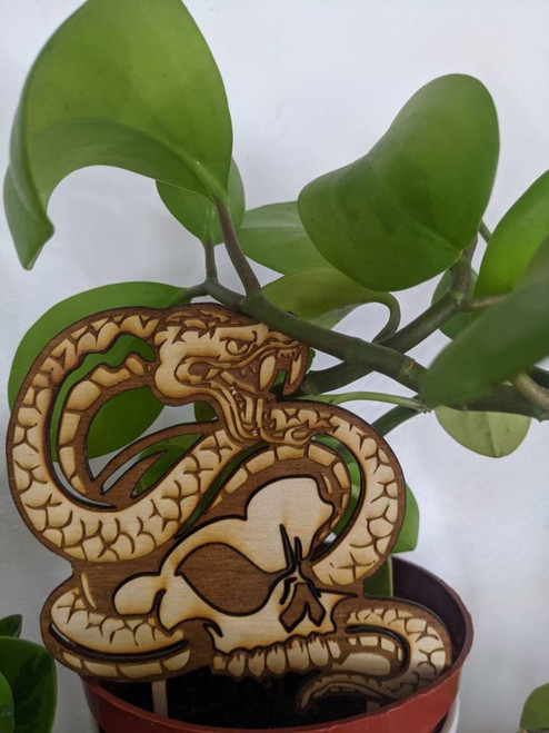 Indoor Plant Snake and Skull Trellis Plant Support