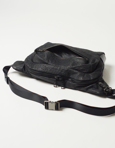 Picture No.11 of master-piece Brain Leather Waist Bag 02241