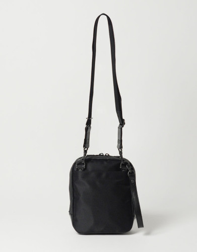 Picture No.4 of master-piece Brain Leather Shoulder Bag 02242