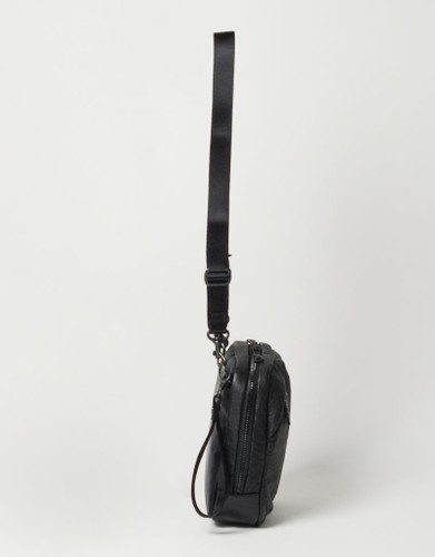 Picture No.5 of master-piece Brain Leather Shoulder Bag 02242